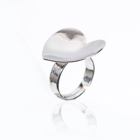 胶水放置台爱心型戒指